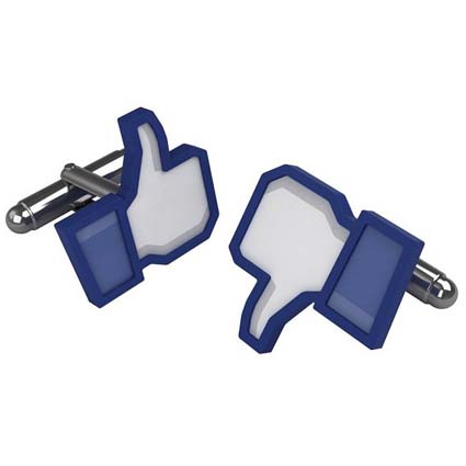 gemelli-facebook-thumbs-up